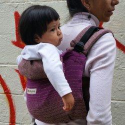 Indajani Onbuhimo zádové nosítko - Beenda Violet