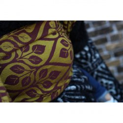 Yaro Ring Sling La Vita Bordeaux Yellow Wool