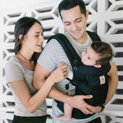 Ergobaby Nosítko Adapt Cool Air Mesh - Onyx Black