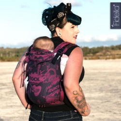 Fidella Fusion babycarrier with buckles -Rock n Rolla pink splash - rental