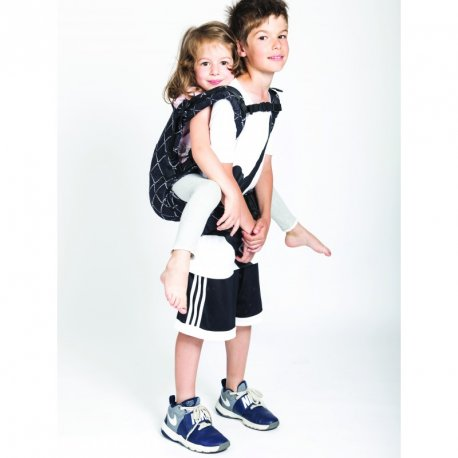 Isara adjustable ergonomic carrier The One - Diamonda Black