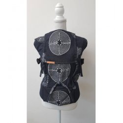 Andala ergonomical babycarrier Labyrint Black