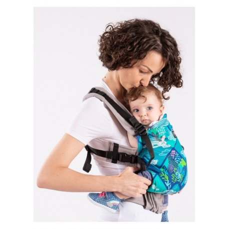 Isara adjustable ergonomic carrier The One - Mountains Dream